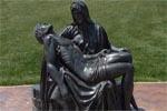 Station13: Jésus est remis à sa Mère