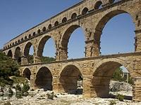 aqueduc romain - pont du Gard