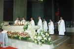 évêques et prêtres concélébrants